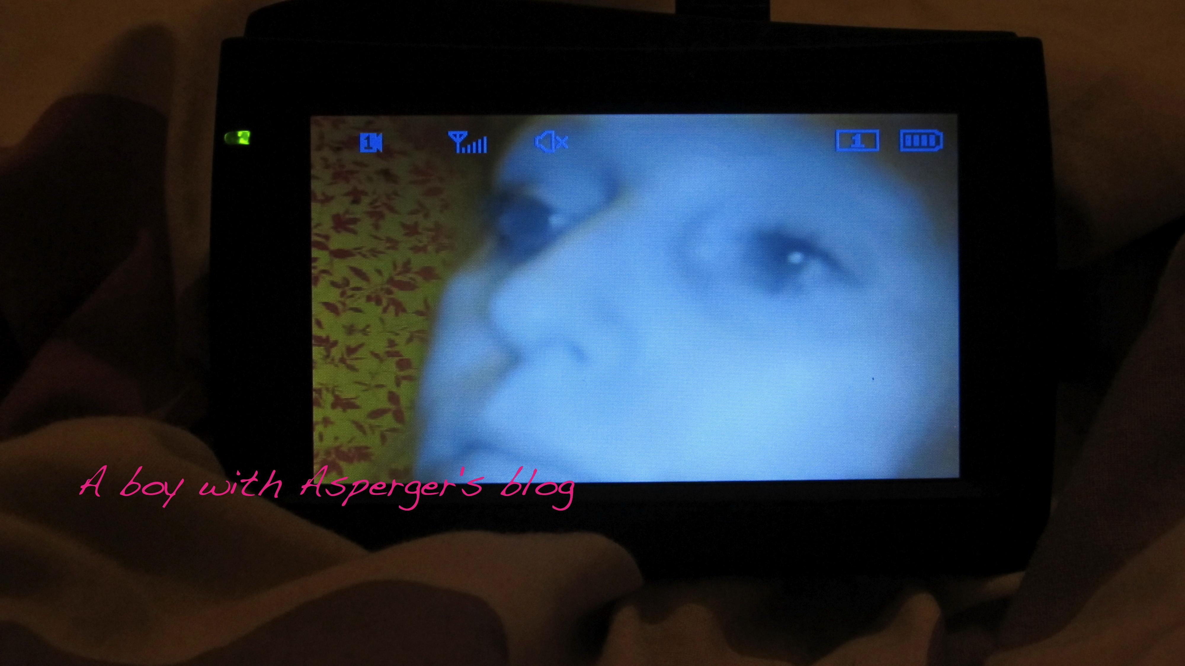 kidcam: http://img.jpg4.info/kidcam/pic1.html